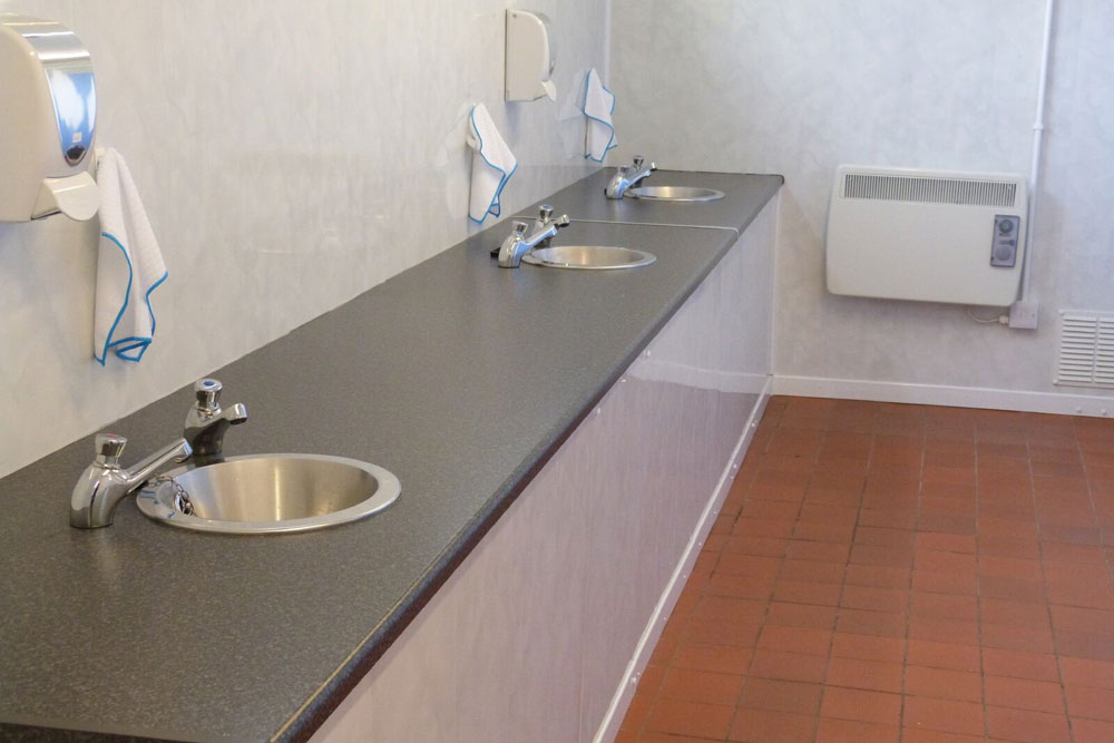 mens-washroom